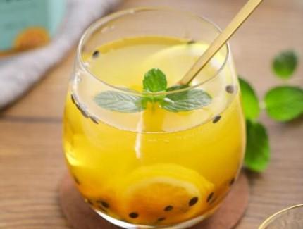 百香果柠檬茶的做法—在家轻松做出解暑神器!